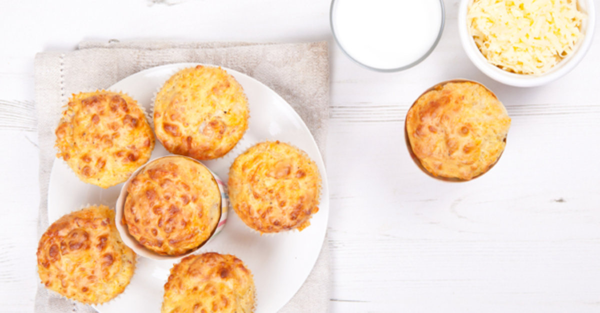 Love Those Cheddar Biscuits At Red Lobster? Now You Can Make Them At Home!