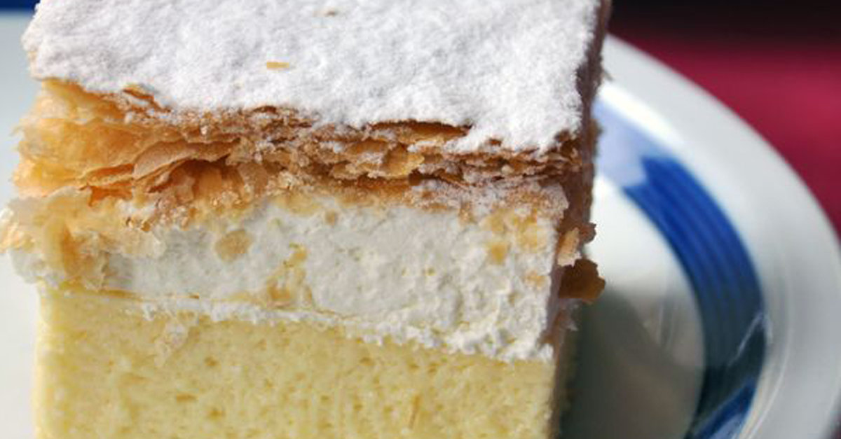 Tiramisu Has A Cousin! And Its Light And Creamy Vanilla Flavor Will Have You Falling In Love With Just One Bite!