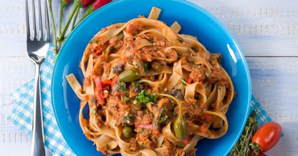 Pasta Recipe: Tagliatelle With Tuna Tomato Sauce & Capers