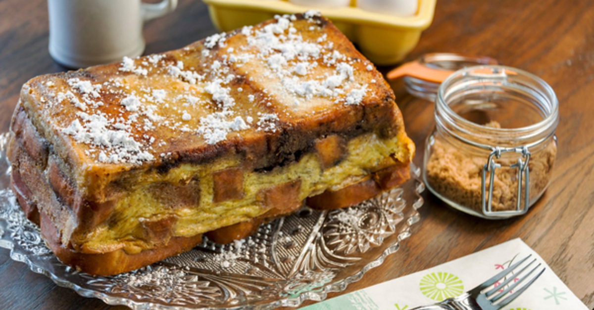 Cooking Breakfast For A Crowd? Take The Easy Route And Make This Delicious French Toast Loaf!