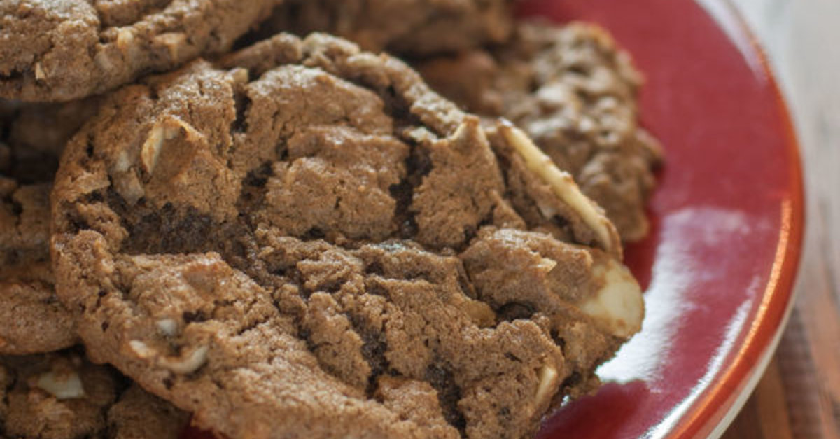 If You Love German Chocolate Cake, We Know These Cookies Will Hit The Spot!!!