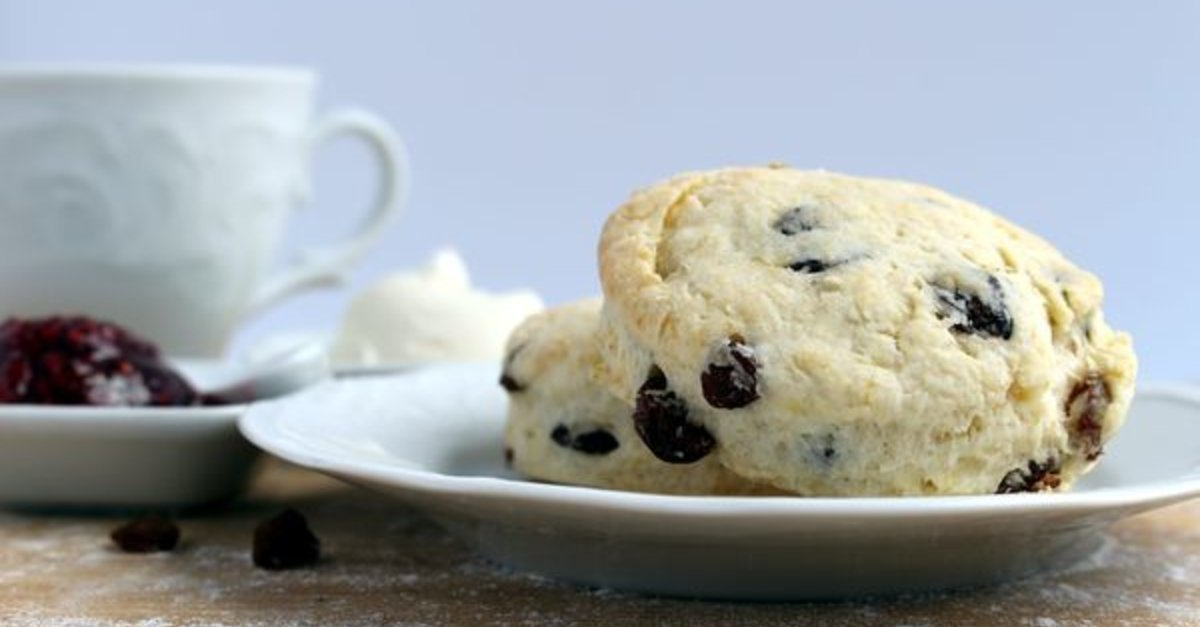 Buttery Cinnamon Raisin Scones