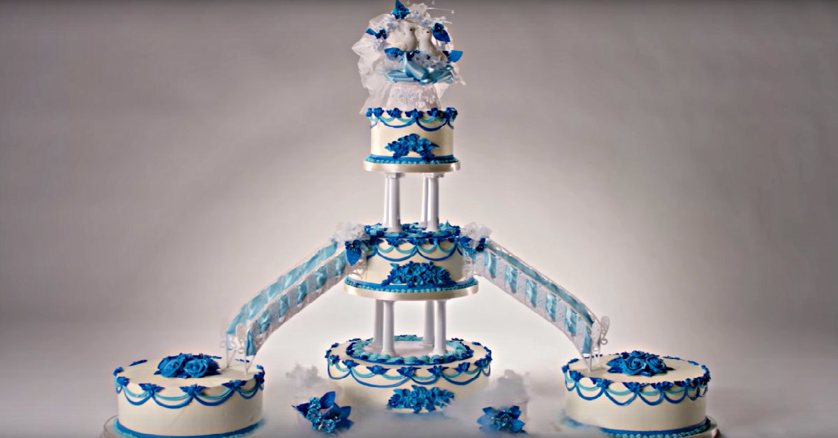 See 100 Years of Wedding Cakes in Less Than 3 Minutes – 12 ...