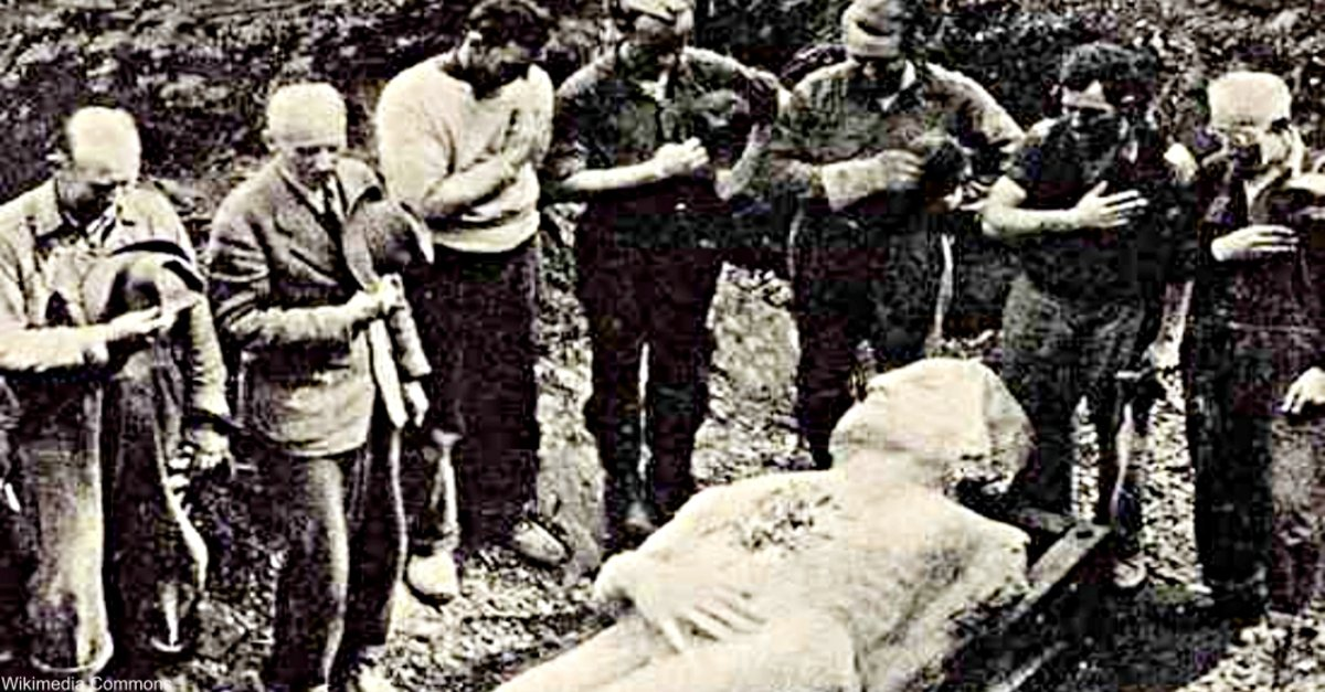 hoaxes deception and cardiff giant Psychic hoaxes: how much would you pay to remove a  fortunetelling is an ancient deception now updated for  other paranormal hoaxes include the cardiff giant.