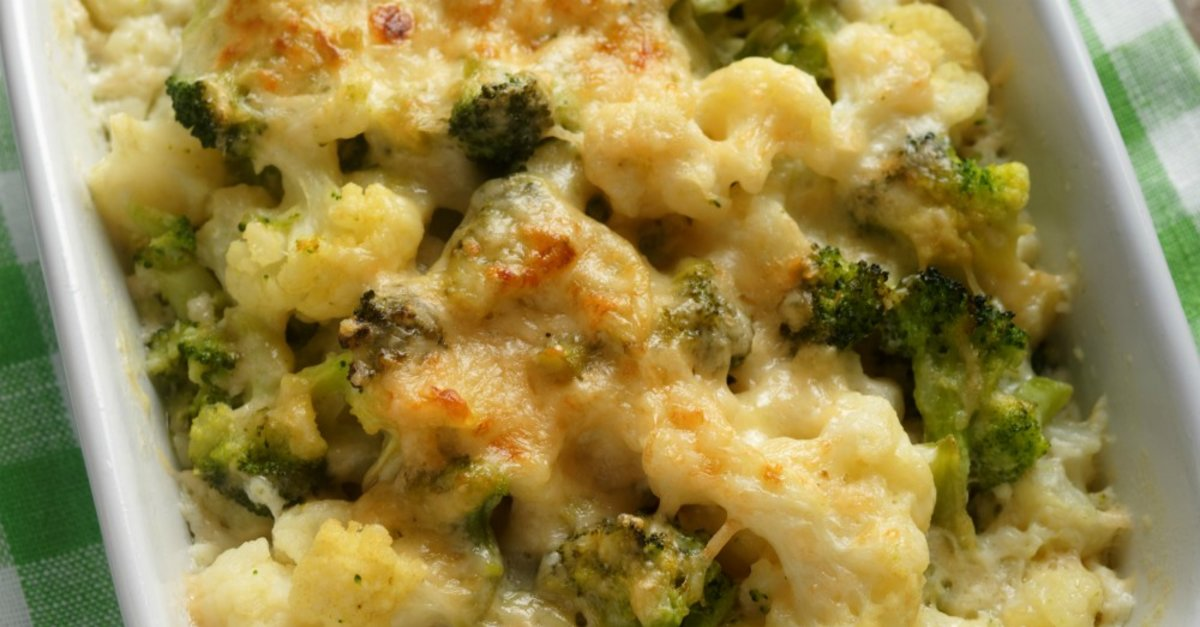 Cheesy Cauliflower Broccoli Bake  12 Tomatoes-5444