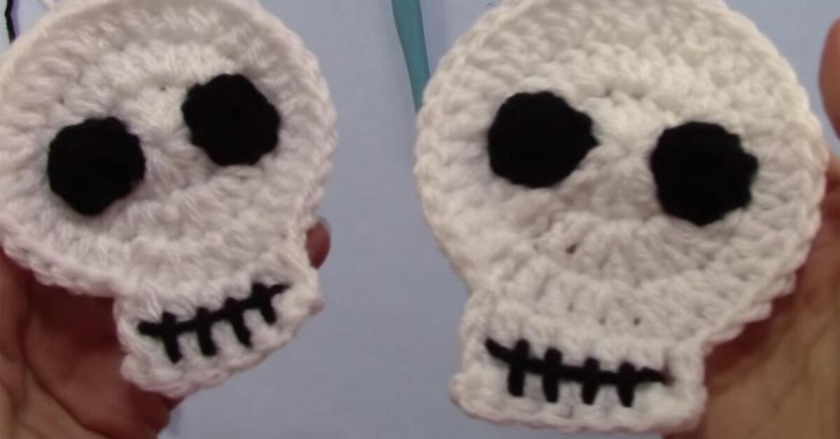 CROCHET PATTERN Halloween Skull Amigurumi Skull Applique Halloween Accessories 3D Skull Brooch Skull Crochet Pattern Skull Accessory Bones
