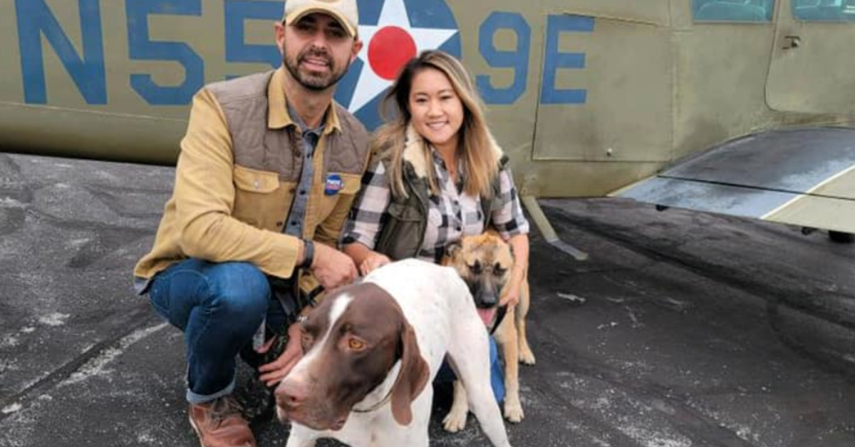 Restauranteur Flies Rescue Dogs To Shelters During The Pandemic