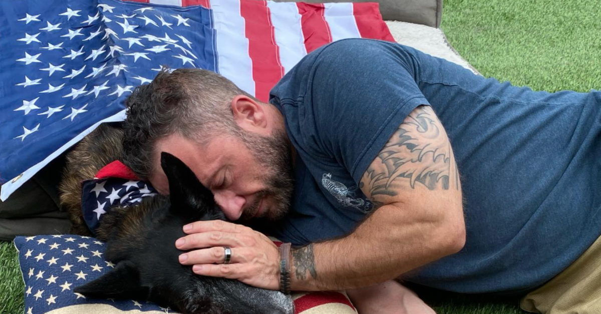 U.S. Navy SEAL's K9 Longtime Partner Was Laid To Rest With A Heartfelt Tribute