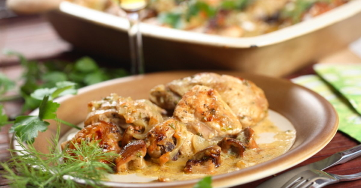 Crisp On The Outside And Juicy On The Inside This Chicken Is Perfection! And With The Cream Sauce You…